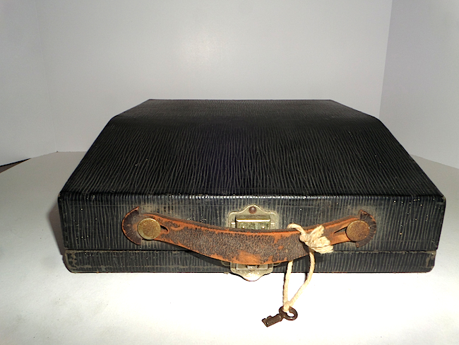 1921 Remington Portable Typewriter case