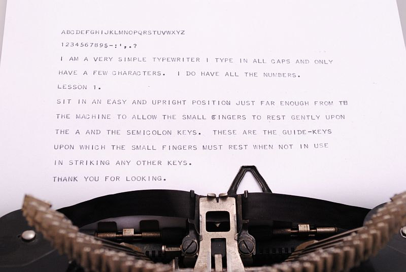 Remie Scout Model Typewriter - typing sample