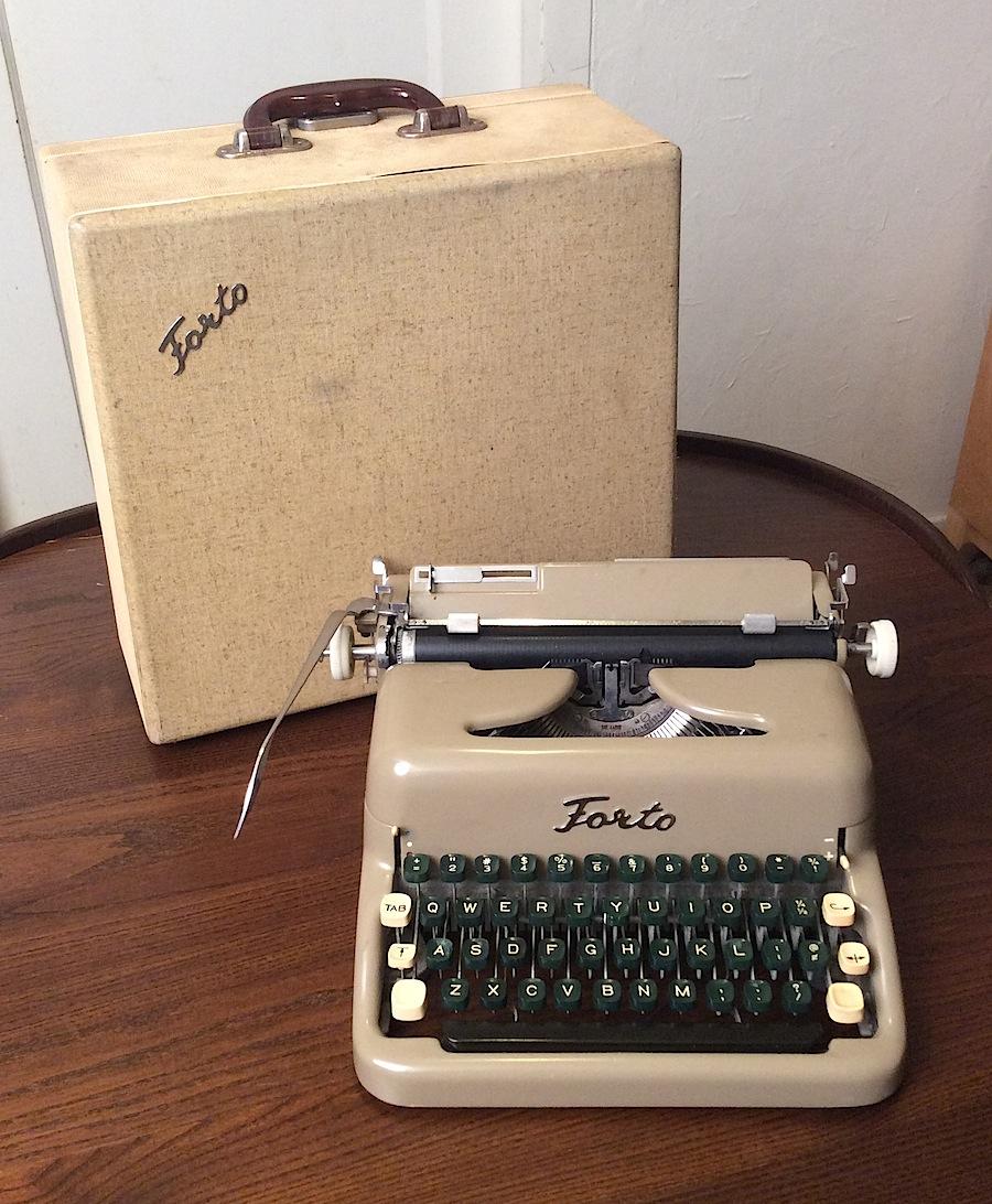 Forto Typewriter 01