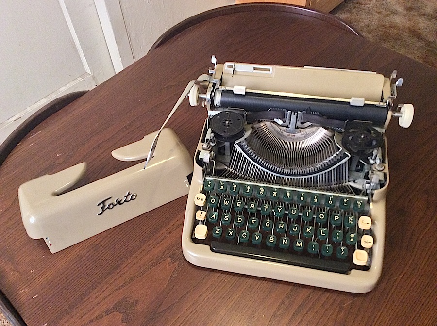 Forto Typewriter 011
