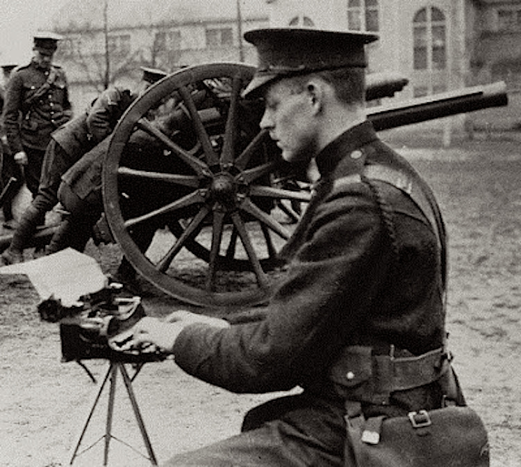 Corona 3 on Tripod during World War I