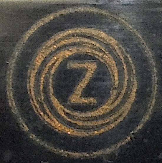 Zeta Remington Junior logo on paper rest 01 - SZ 10192